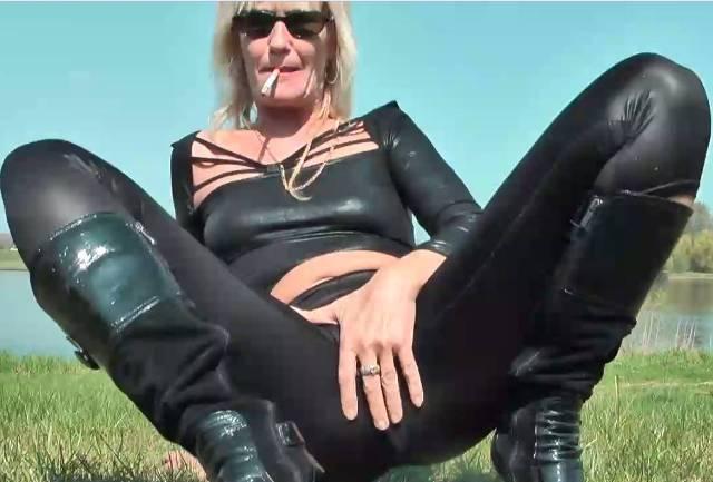 HeelQueen LOGOS